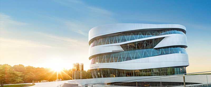 Daimler, es una de los mayores productores de automóviles Premium y el mayor fabricante mundial